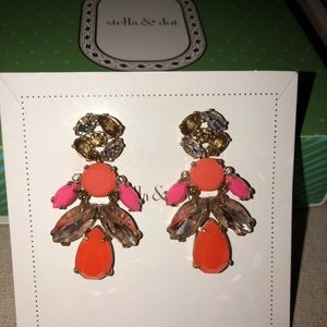 Stella & Dot Earrings - NWOT